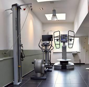 AMK kinesisten Essen - Praktijkruimtes 2021 - Oefeningen en Fitness apparaten - Zaal 2
